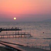 Закат на Эгейском море :: Тарас Золотько