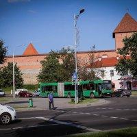 Повседневная жизнь маленького города... :: Nonna