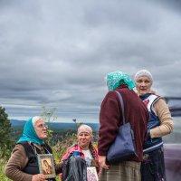Седьмой день крестного хода из Перми в Белогорский монастырь :: Ринат Валиев