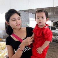 Лаос. Мама любуется сыном :: Владимир Шибинский
