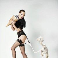 greedy model :: Kirill Alba