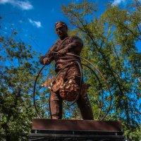 Памятник ликвидаторам. :: Андрей Желаев