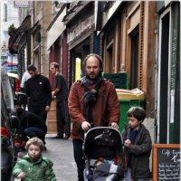 Субботнее утро...или мужчины на прогулке :: Aquarius - Сергей