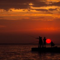 вечерняя рыбалка :: Светлана Фомина