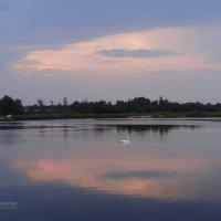Озеро, небеса, отражение.. :: Антонина Гугаева
