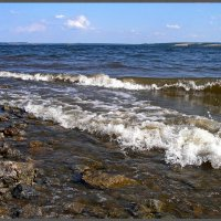 Река волнуется. :: Любовь Чунарёва
