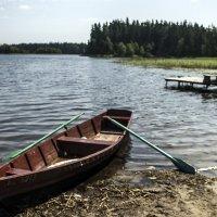 У озера... :: juriy luskin