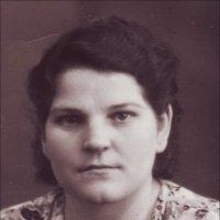 Моя мама в 16 лет была угнана фашистами в Германию :: Нина Корешкова