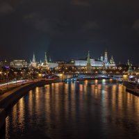 Прогулка по ночной Москве. :: Эдуард Пиолий