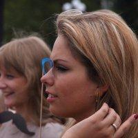 Девушка с пенсне! :: Сеня Полевской