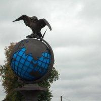 Сова на Глобусе :: Сергей Ядренников