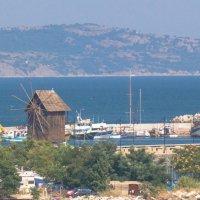 мельница у моря :: Александр Вельц