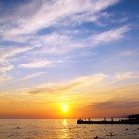 Закат на Черноморском побережье :: Olga Darganchik
