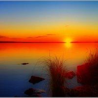 В сто сорок солнц закат пылал... :: Виктор Колмогоров