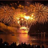9-й фестиваль фейерверков в Костроме! :: Владимир Шошин