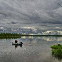 Рыбаки на озере. :: Владимир Михайлович Дадочкин
