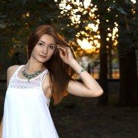 Девушка в парке :: Olga Vorzheva