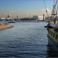 На Неве ***Оn the Neva River :: Александр Борисов