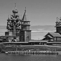 Кижи. Реставрация :: Владимир Балюко