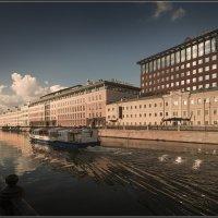 Про маленькие кораблики и маленькие реки. :: Владимир Елкин