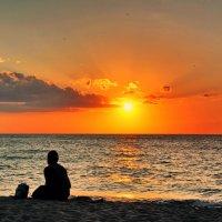 Закат на Балтике. :: Эдуард Закружный