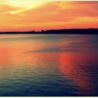 Море в закатных красках :: Елена Даньшина