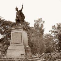 Памятник Матвею Ивановичу Платову :: Владимир Болдырев