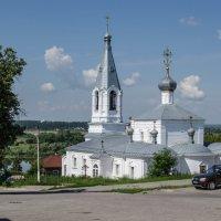 Касимов церковь у реки :: Анатолий Портнов
