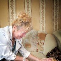 Как же хочется иногда быть кошаком.. Чтобы тебя постоянно чесали и гладили)) :: Anna Lipatova