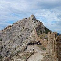 Генуэзская крепость :: Анна Борисова