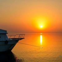 Утренний взгляд на море! :: Виктор Филиппов