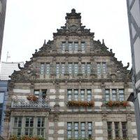 Гамельн. Дом Крысолова (Rattenfangerhaus) - шикарное здание типичного везерского ренессанса :: Елена Павлова (Смолова)