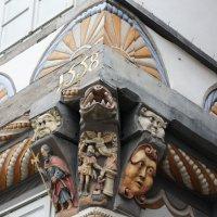 Гамельн. Нижняя Саксония. Дом Настоятеля  (Stiftsherrenhaus) :: Елена Павлова (Смолова)
