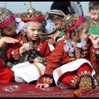 Туркменские детишки :: Ахмед Овезмухаммедов