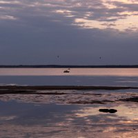 Тихий вечер у моря :: Татьяна Ломтева