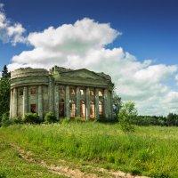 православный храм 18 века :: Наталья Ерёменко