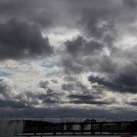 Тучи над городом :: Ната Анохина