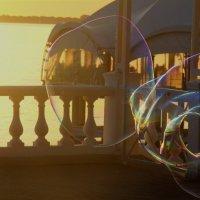 Мыльный пузырь :: Никита Иванов