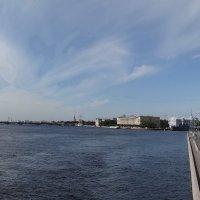 Река и город. :: Владимир Гилясев