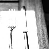 Вилка и нож :: Дмитрий Ланковский