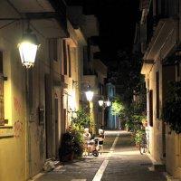 вечер на улочке в старом городе, Ретимно, Крит, Греция :: Михаил Валюженич