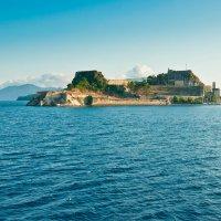 Вид на старую крепость о.Корфу :: Алексей Кошелев