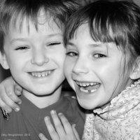Друзья-двойняшки (Михаил, Софья) :: Олег Неугодников