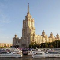 В центре столицы :: MaksimKa -