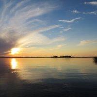 Закат на Ковжском озере. :: Елена Швецова