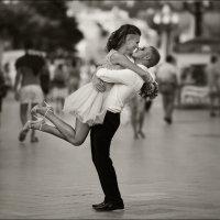 ...Простите им их счастье и пройдите мимо... :) :: Алексей Латыш