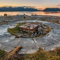 Остатки укреплений времён ВОВ. Норвегия :: Ростислав Бычков