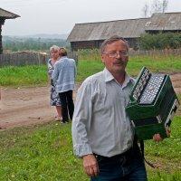 Первый парень на деревне... :: Владимир Хиль
