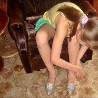 Бабушкины туфельки :: Нина Корешкова