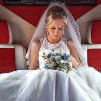 SMS - Поздравляю с днем свадьбы! :: Ренат Менаждинов